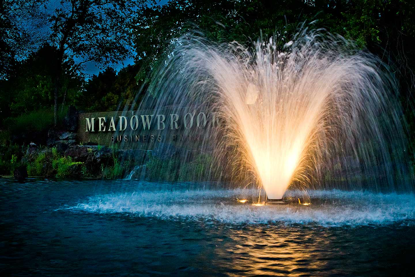 Decorative Display Aerating Lake And Pond Fountains